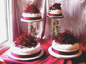 red wedding cakes essex deba daniels.jpg