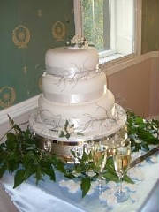Stacked mistletoe wedding  cake deba daniels